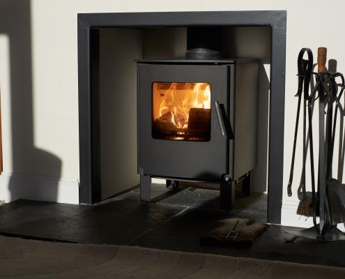 Différences entre poêle à bois et cheminée